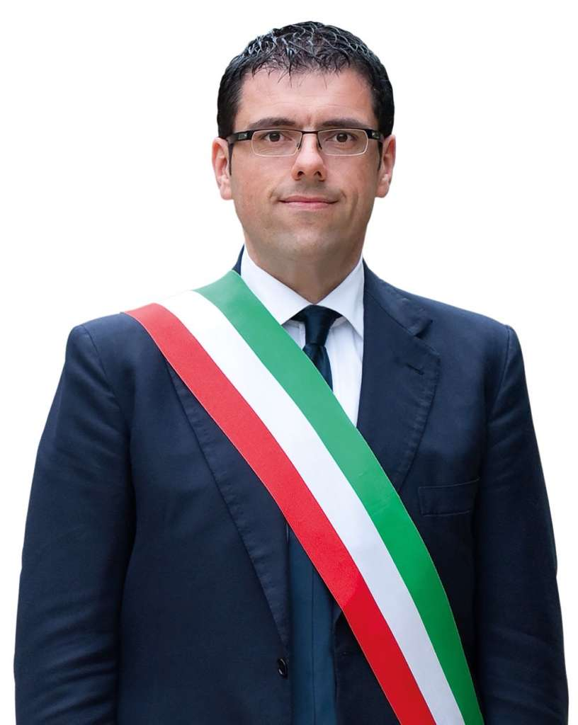 Sindaco di Recanati Francesco Fiordomo